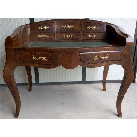 Scrivania mossa in stile Luigi XV con cassetti, realizzata nei primi ...