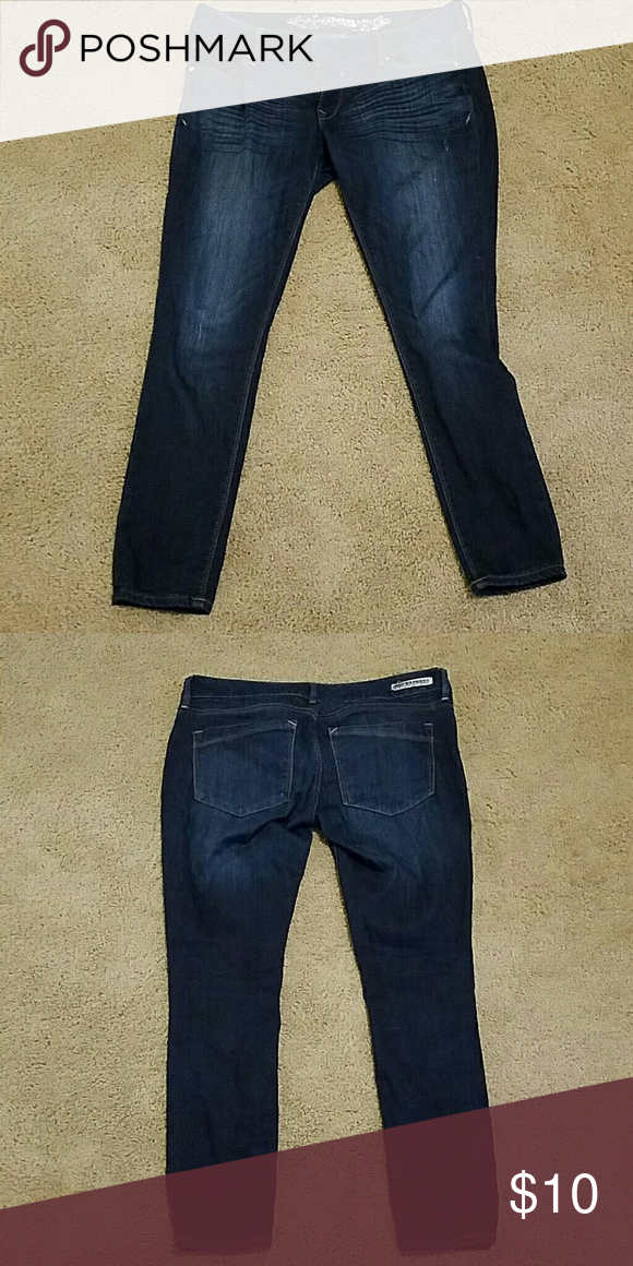 Express skinny jeans Dark wash skinny jeans, good used condition Express Jeans Skinny