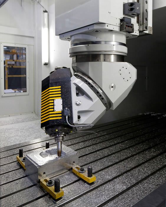 Cnc Milling Machine 3 Axis Vertical With Moving Table Dino Fpt Industrie S