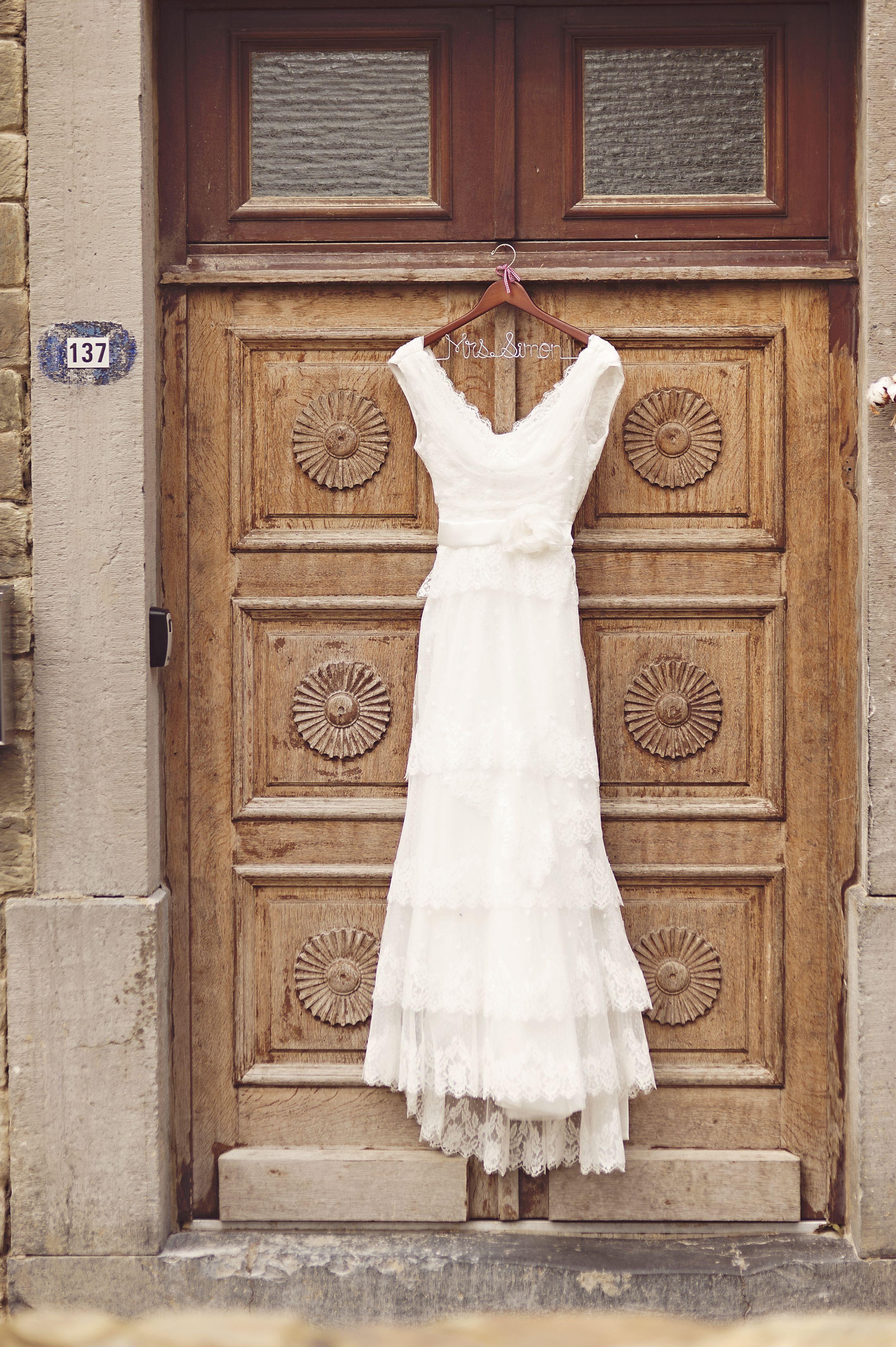 Wedding Dress By Cymbeline Fatima Wedding Dresses Sleeveless Wedding Dress Wedding [ 4256 x 2832 Pixel ]