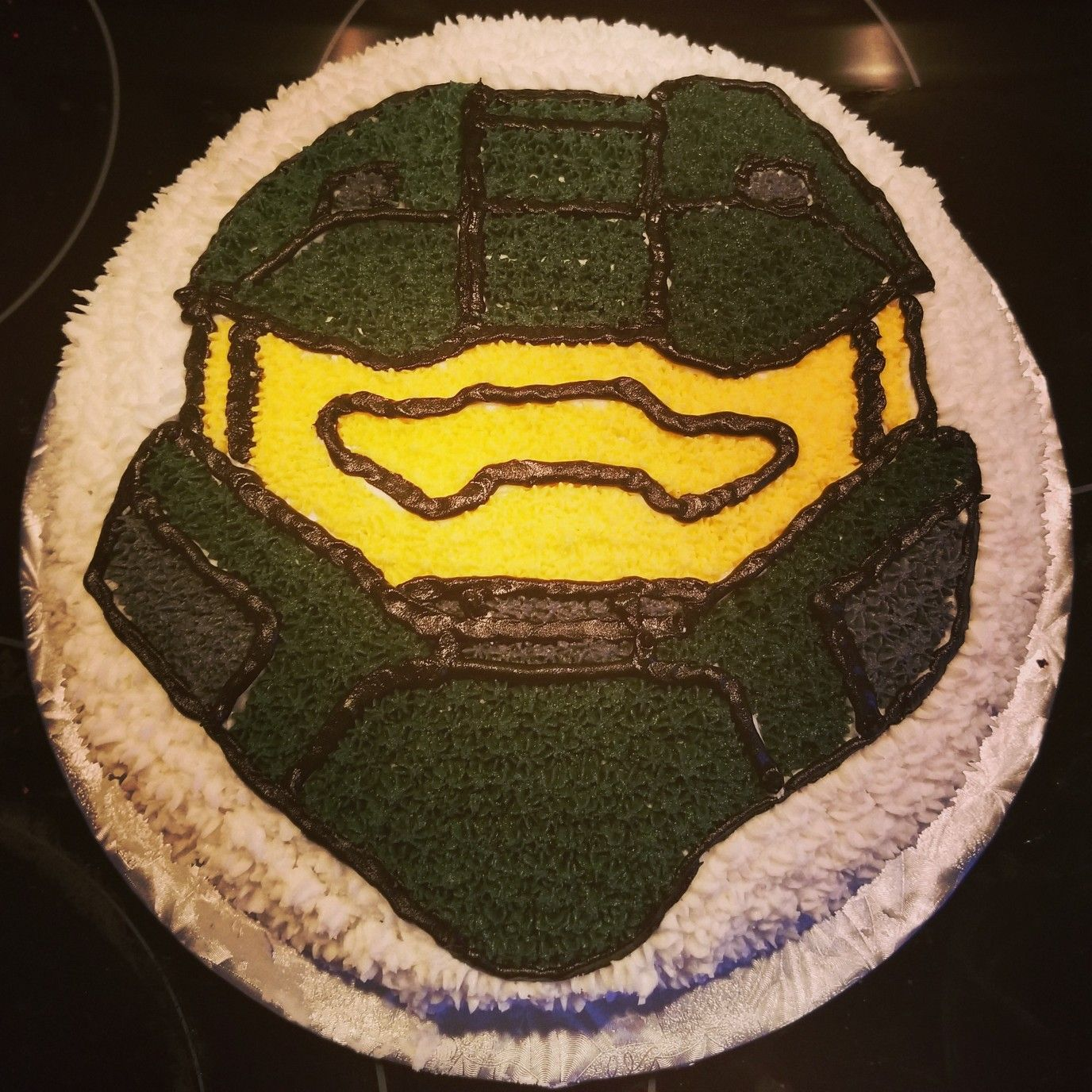 Master Chief birthday cake Halo cake Cake ideas Pinterest