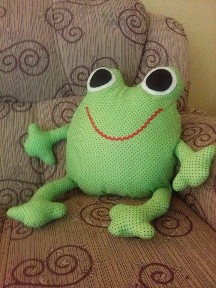 Almofada sapo | Textil játékok | Pinterest