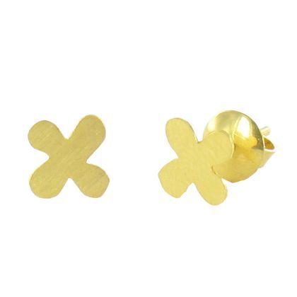 Boucles d'oreilles Tom Trèfle, la sobriété raffinée de l'or mat. Boucles d'oreilles tout en or 20 carats.