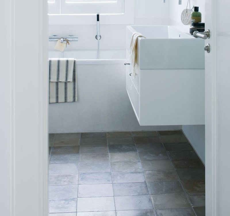 vtwonen kleine badkamer. Mooie tegels en indeling   Badkamer ...