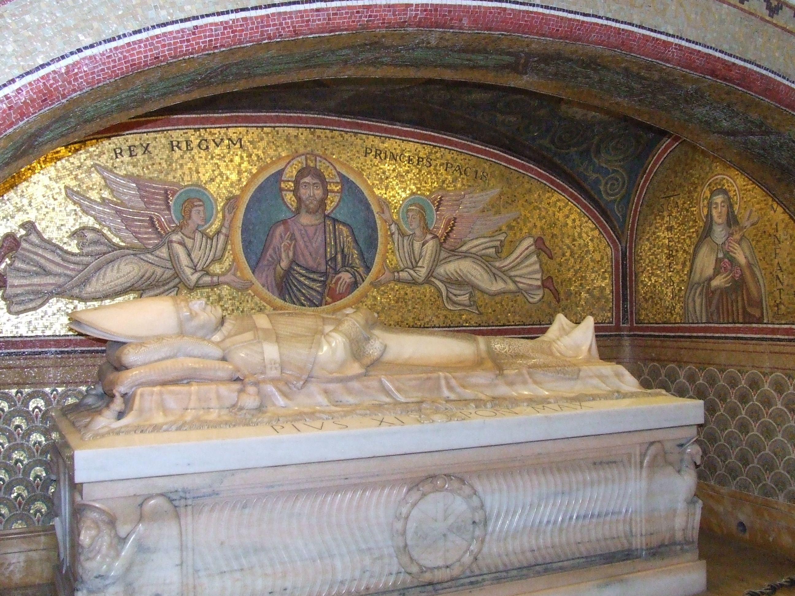 Statue of Pope Pius X In St Peter s Basilica Vatican St Peter s Basilica