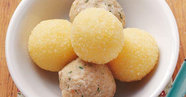 Ob Knödel oder Klöße - neben Kartoffeln sind sie die wichtigsten Beilagen zu Gerichten mit viel Sauce.