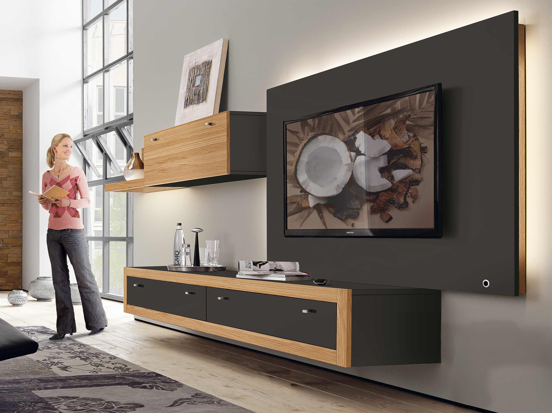 Mit der Wohnwand Xelo von hülsta erhält der Wohnraum einen eleganten ...