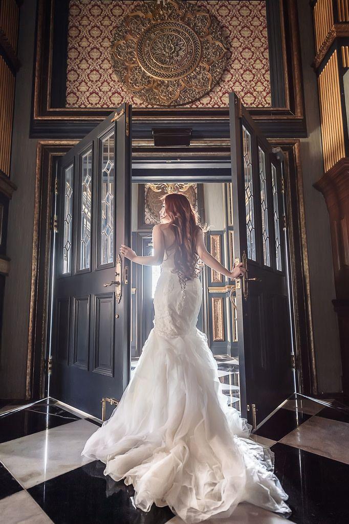 25 Unique Wedding Photography Ideas Catle Shoot Wedding