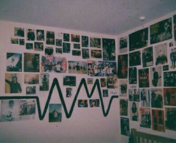 Love the hear beat grunge room pinterest room for Indie wall art ideas