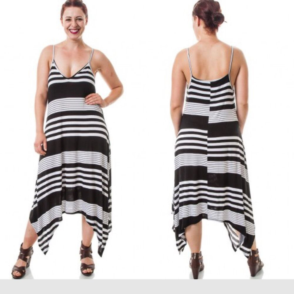 New plus size asymmetrical hem black and white thin strap maxi dress