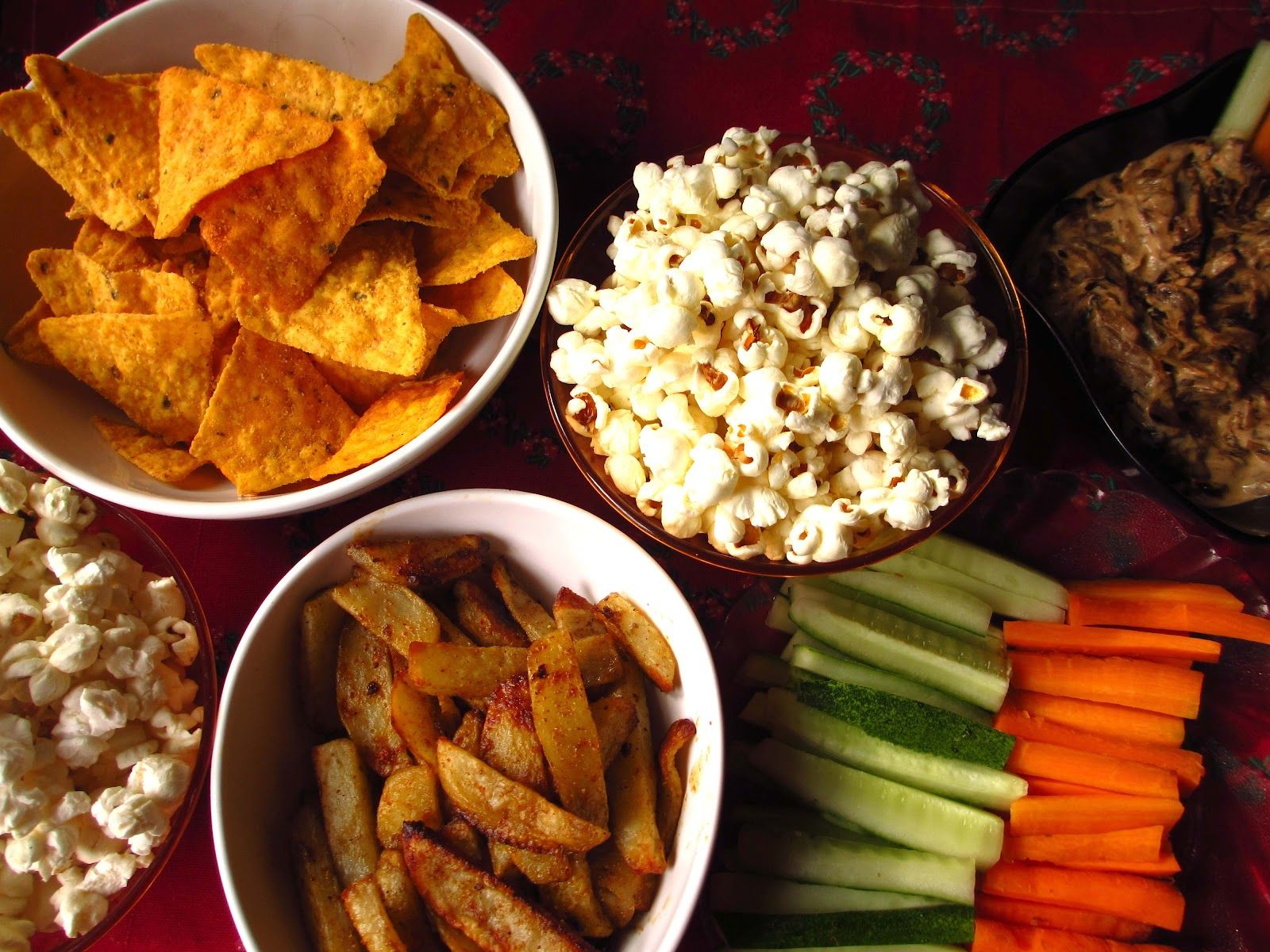Runner Girl in the Kitchen - Healthy Dip, Baked Potato Wedges and Popcorn