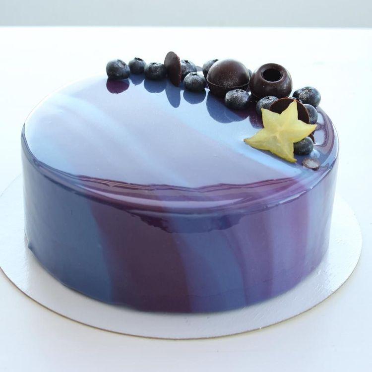 Mirror Glaze Torte Rezept Fur Spiegelkuchen Mit Uberzug Aus Glanzender Glasur Dekoration Haus Spiegel Kuchen Glasur Fur Kuchen Motivtorten Ohne Fondant