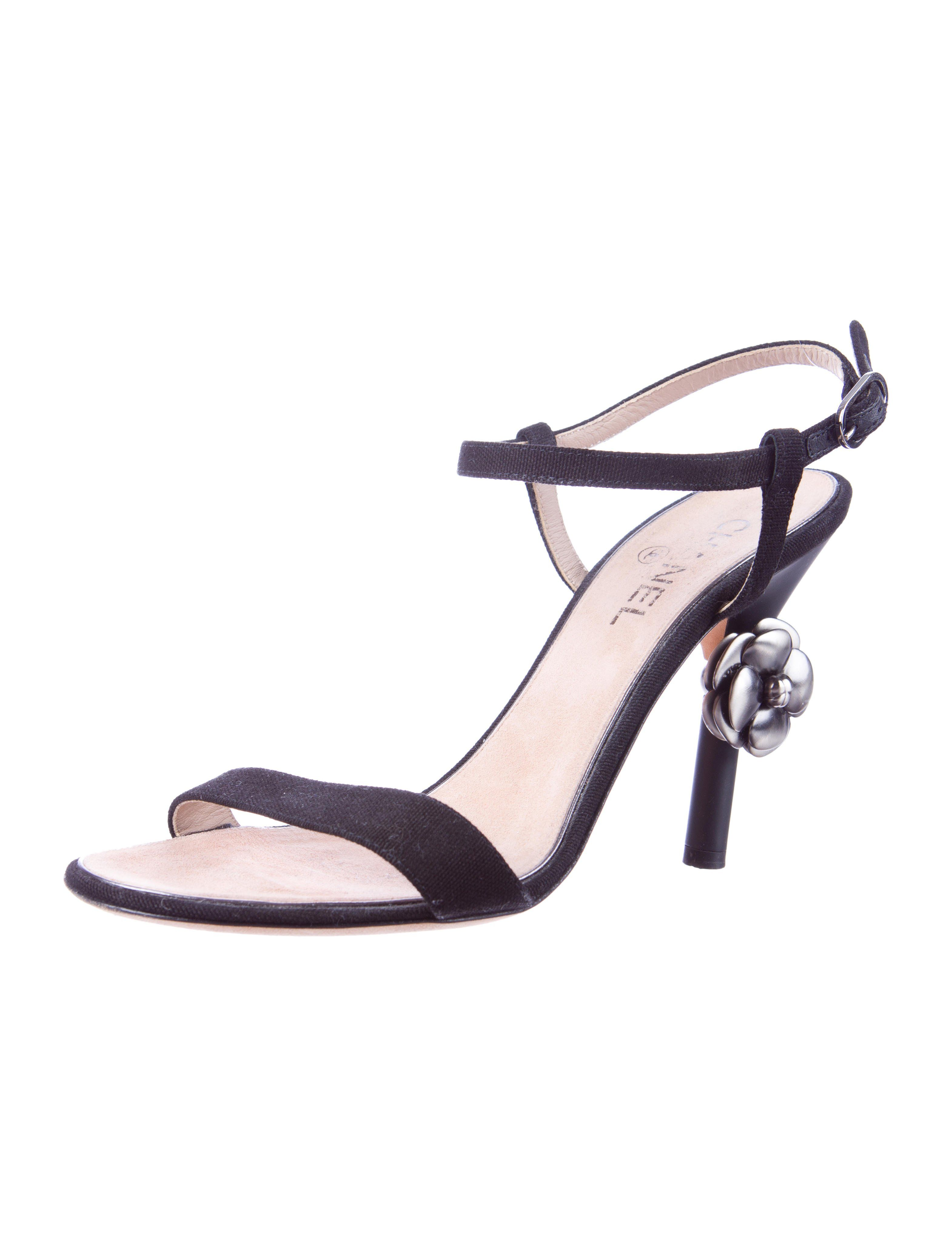 01e0864459dd1b Camellia Sandals