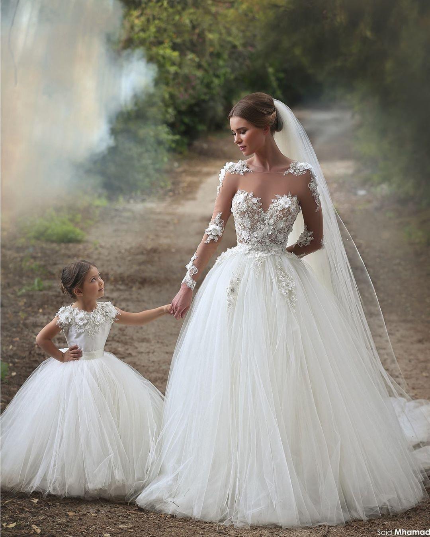 Girls wedding dress  Pin by LacreMania on Casamento  vestidos e decoração  Pinterest
