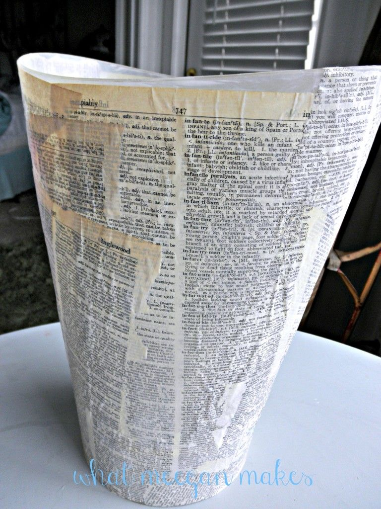 Diy Book Page Waste Basket What Meegan Makes Diy Book Book Page Crafts Waste Basket