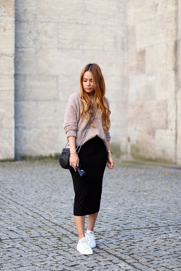 Pin By Ana Paez On Look Skirt And Sneakers Pencil Skirt Outfits Casual Dressy Outfits [ 1104 x 736 Pixel ]
