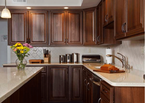 How to Pair Countertop Colors with Dark Kitchen