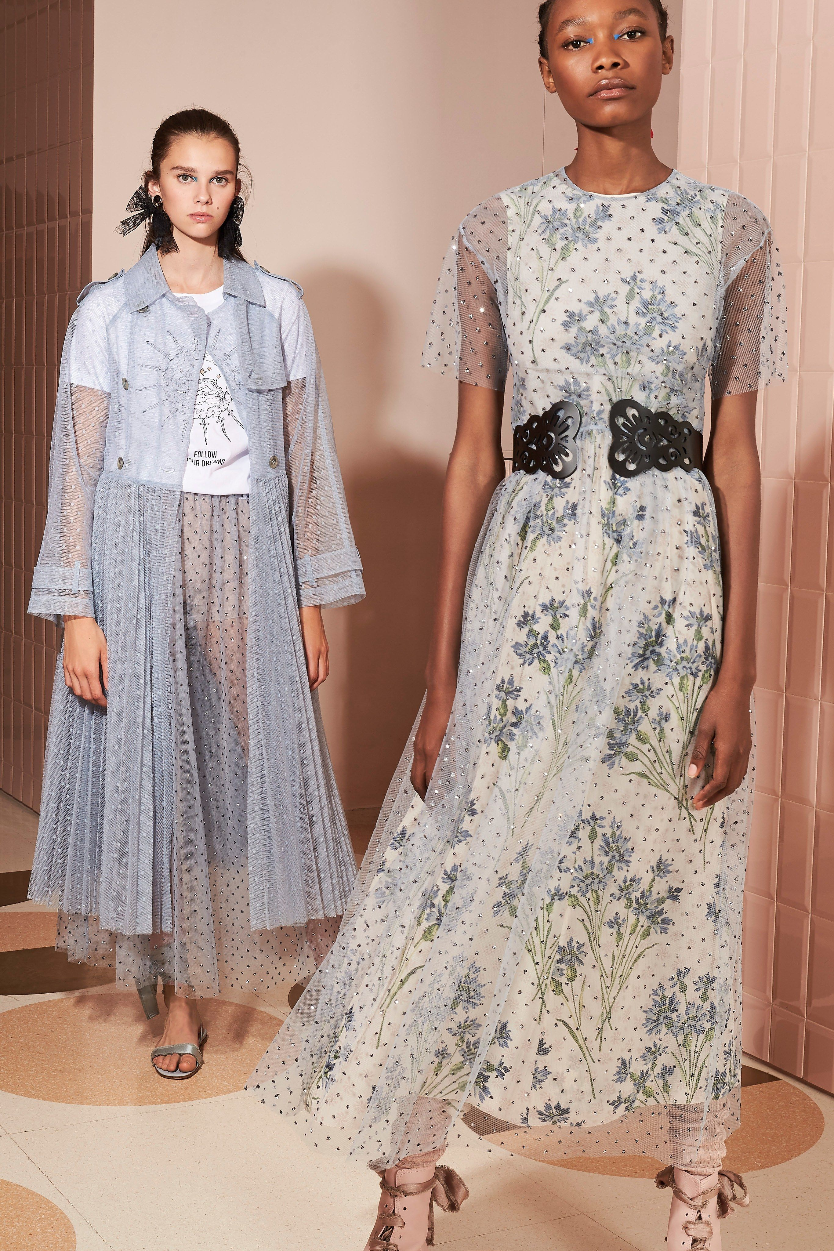 Red Valentino Resort 2020 Fashion Show Com Imagens Looks