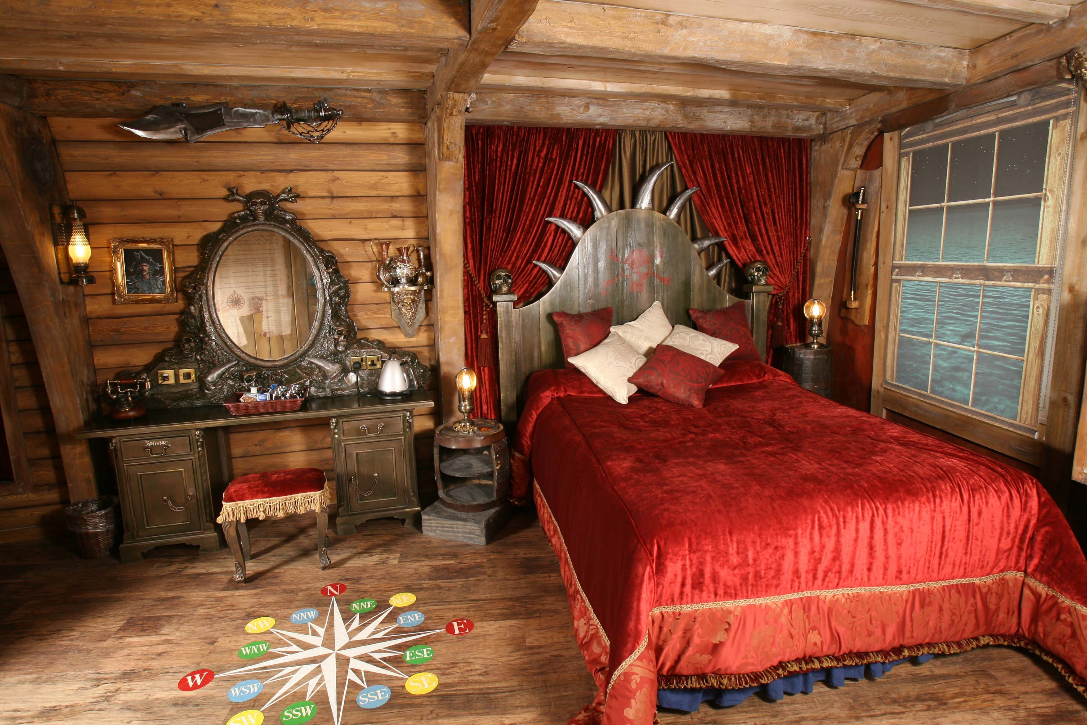 Pirate Hotel Rooms  Pirate Themed Room  Alton Towers