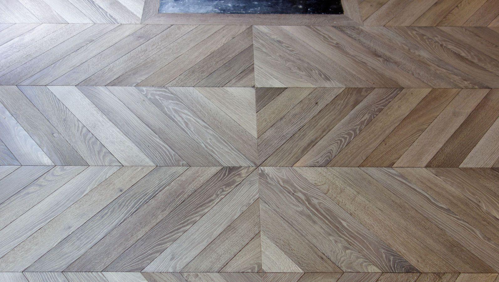 Ceruser Un Parquet En Chene l'inversion de sens crée une géométrie   plancher, bois