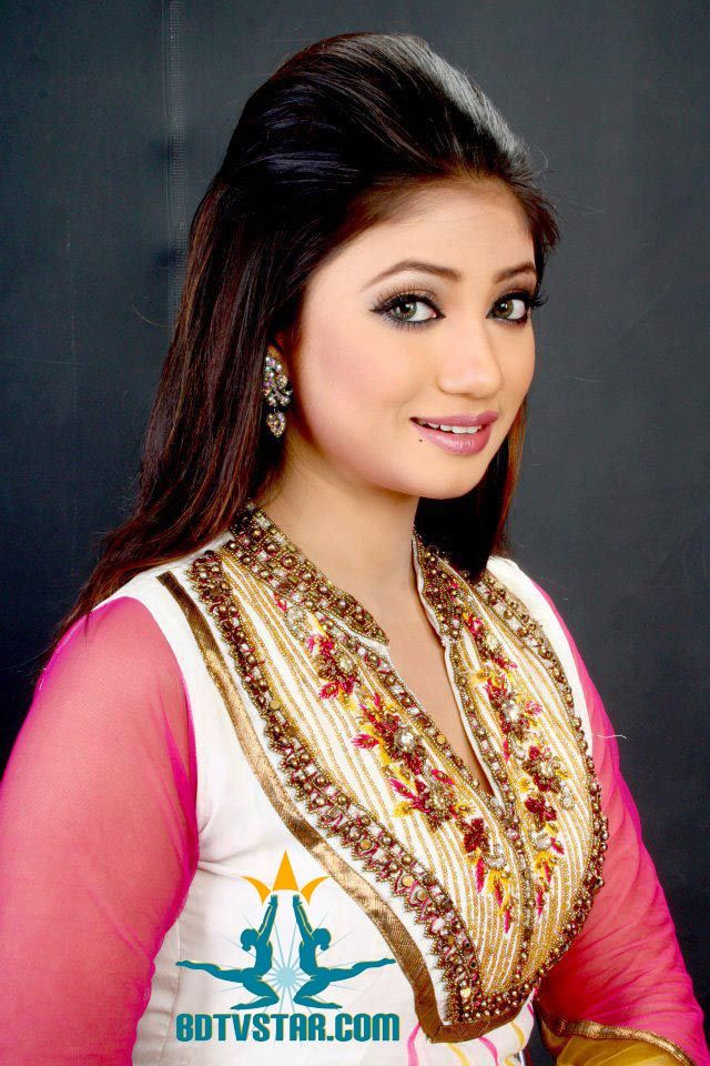 Bangladesh model and Film Actress Achol | BANGLADESHI ENTERTAINERS ...