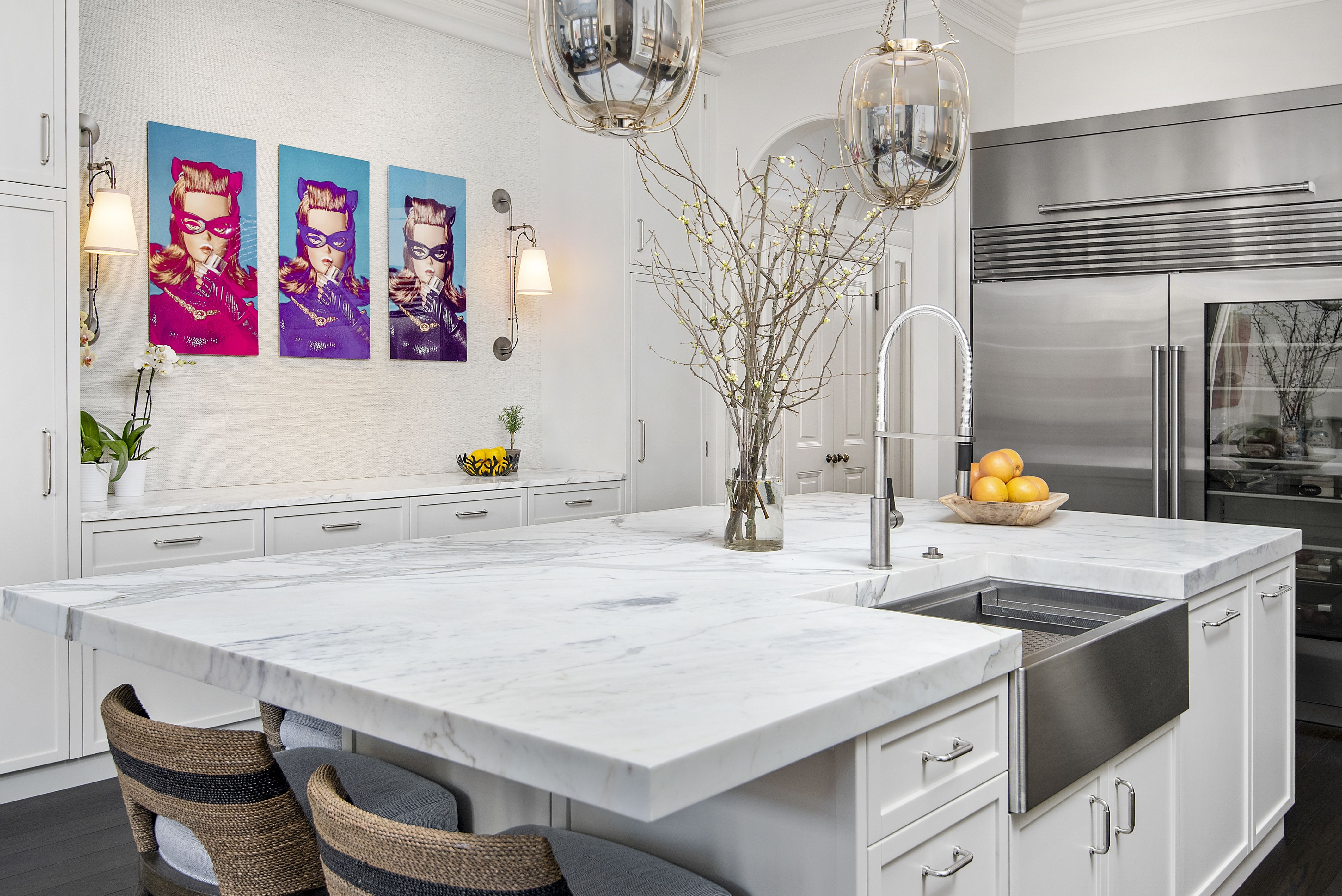 All White Kitchen Mixing Modern Traditional Design All White Kitchen Custom Kitchens Modern Kitchen Cabinets