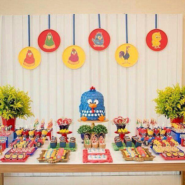 Uma fofura essa decoração no tema Galinha Pintadinha da linda galeria do ig @kikidsparty. Pic @due_sorelle #festejarcomamor #festainfantil #festamenina #festamenino #festameninoemenina #galinhapintadinha #festagalinhapintadinha #bologalinhapintadinha #decoracaogalinhapintadinha