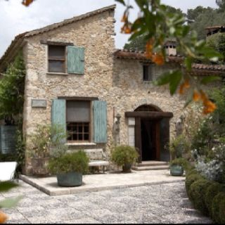 Villa in Tuscany lovely and rustic.