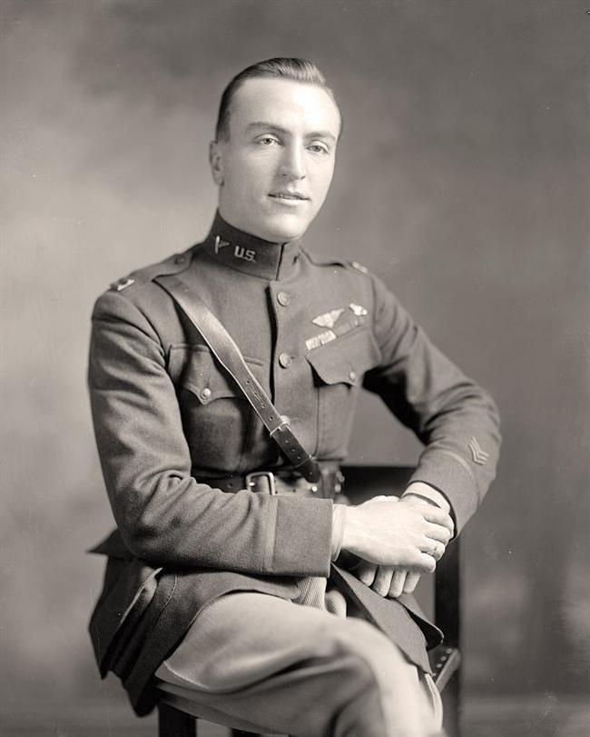 Capitão Edward Vernon Rickenbacker. * Ás da Aviação durante a 1ª Grande Guerra. USA.