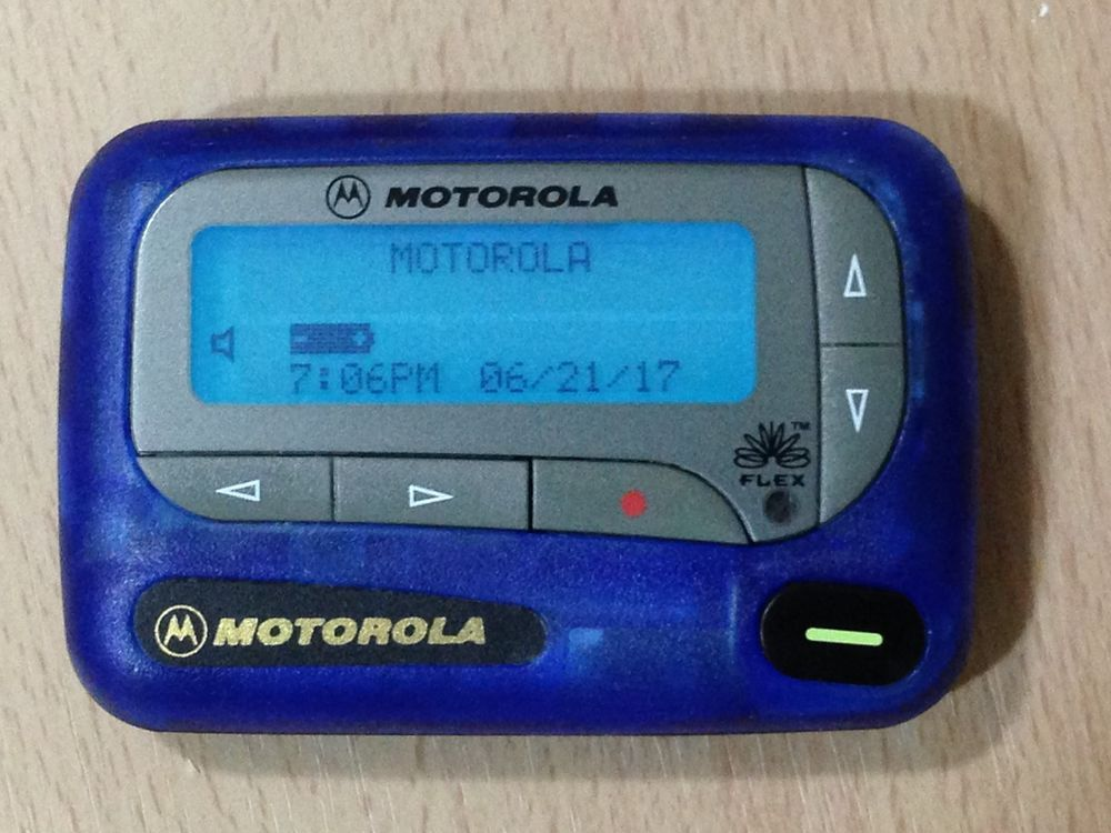 ON 900 MHZ FLEX MOTOROLA JAZZ PAGER...TESTED PRIOR TO SHIPPING EVERY PAGER