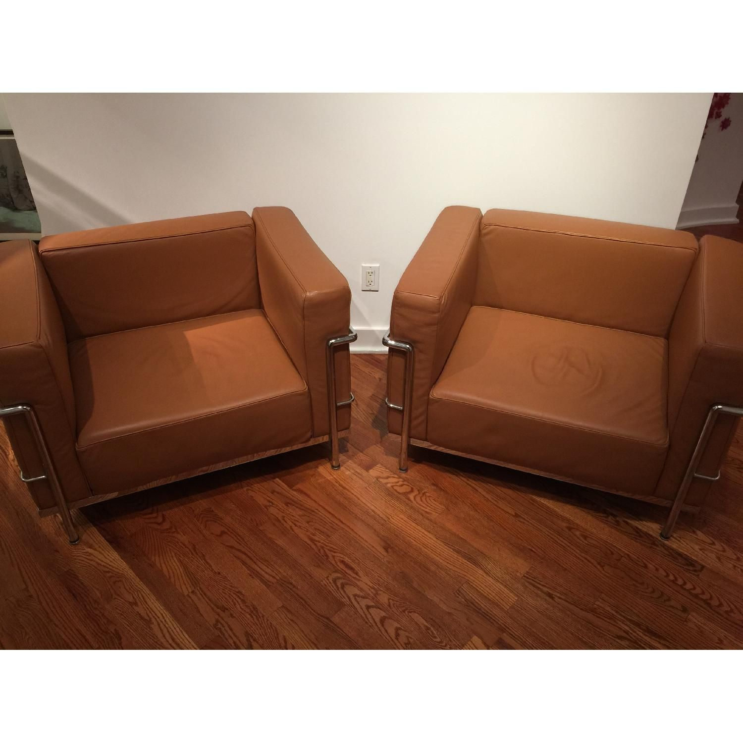 LC3 Grand Modele Armchairs | Armchairs for sale, Armchair ...