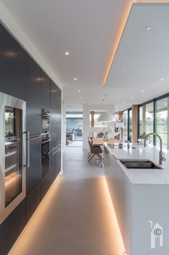 Led Beleuchtung In Der Modernen Kuche Kitchen Led Le Kitchen Kochinsel Le Kuchendesign Kuchen Ideen Innenarchitektur Kuche