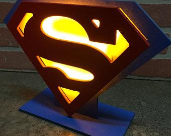 Justice League The Flash Led Illuminated Superhero Logo Night Etsy Decoracion De Repisas Juguetes De Fieltro Disenos De Camas