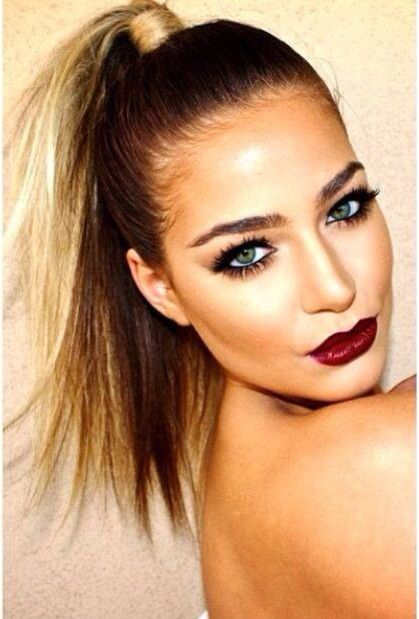 Dark Red Lips And Green Eyes Hair Makeup Night Makeup Hair