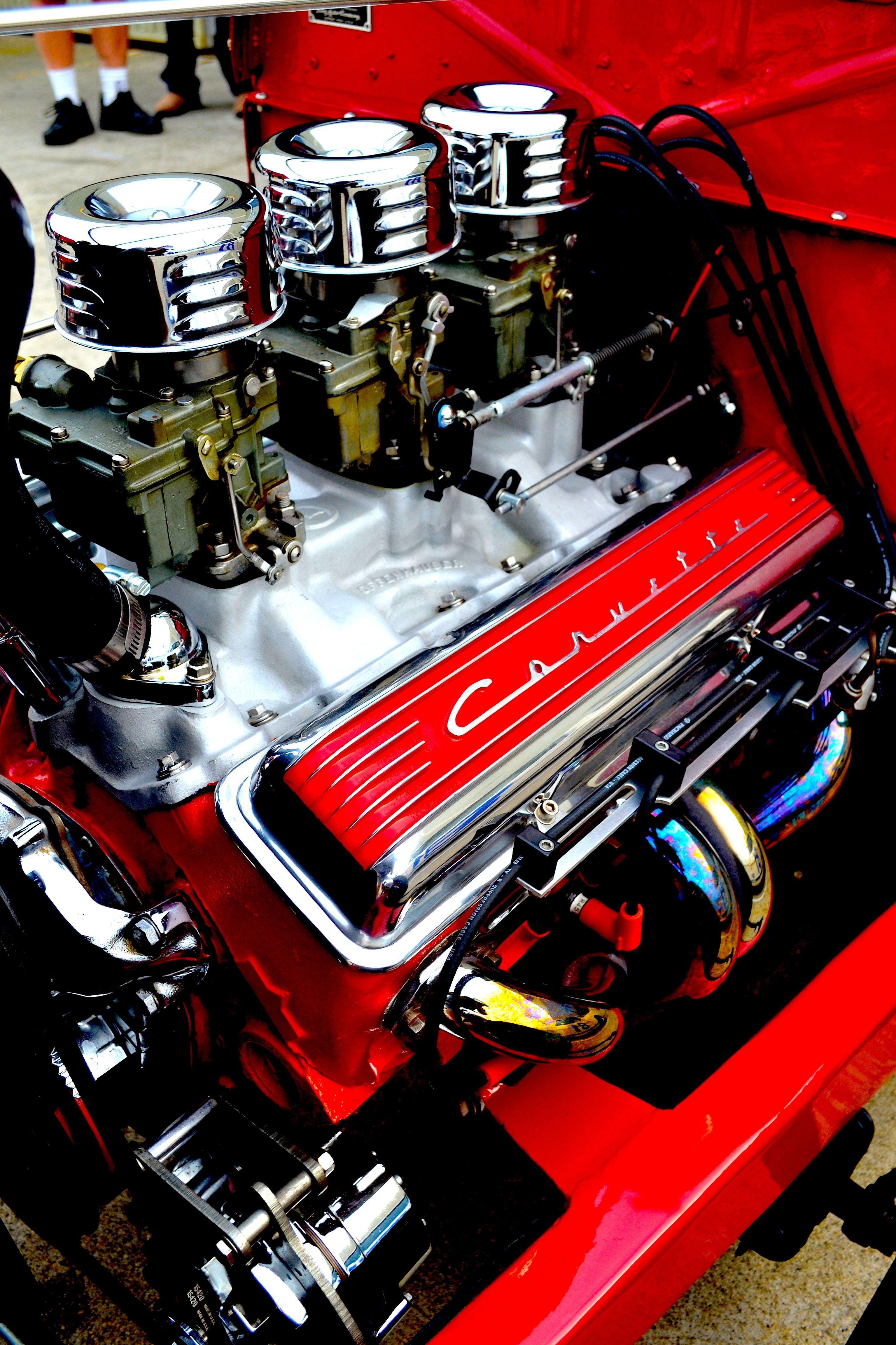 Small Block Chevy engine | Powerplants | Motor engine, Red