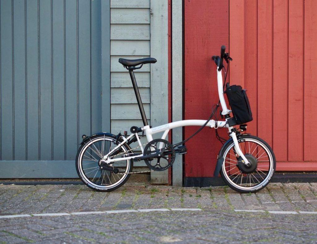 Brompton Electric Lightweight Compact Folding Bike Collapses For Easy Portability Folding Bike Brompton Bike