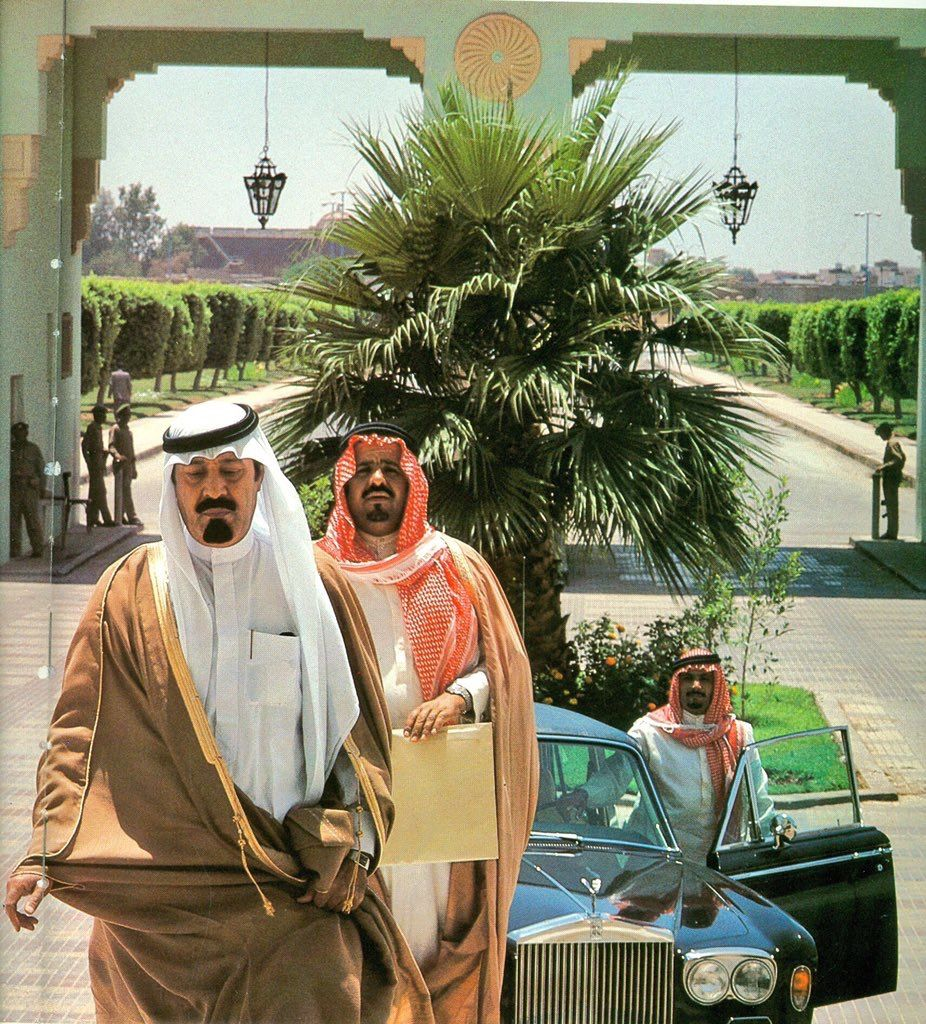 بيان من الديوان الملكي وفاة صاحب السمو الأمير عبدالله بن عبدالعزيز بن مساعد بن جلوي آل سعود أمير منطقة الحدود الشمالية Http Ww Riding Helmets Riding Helmet