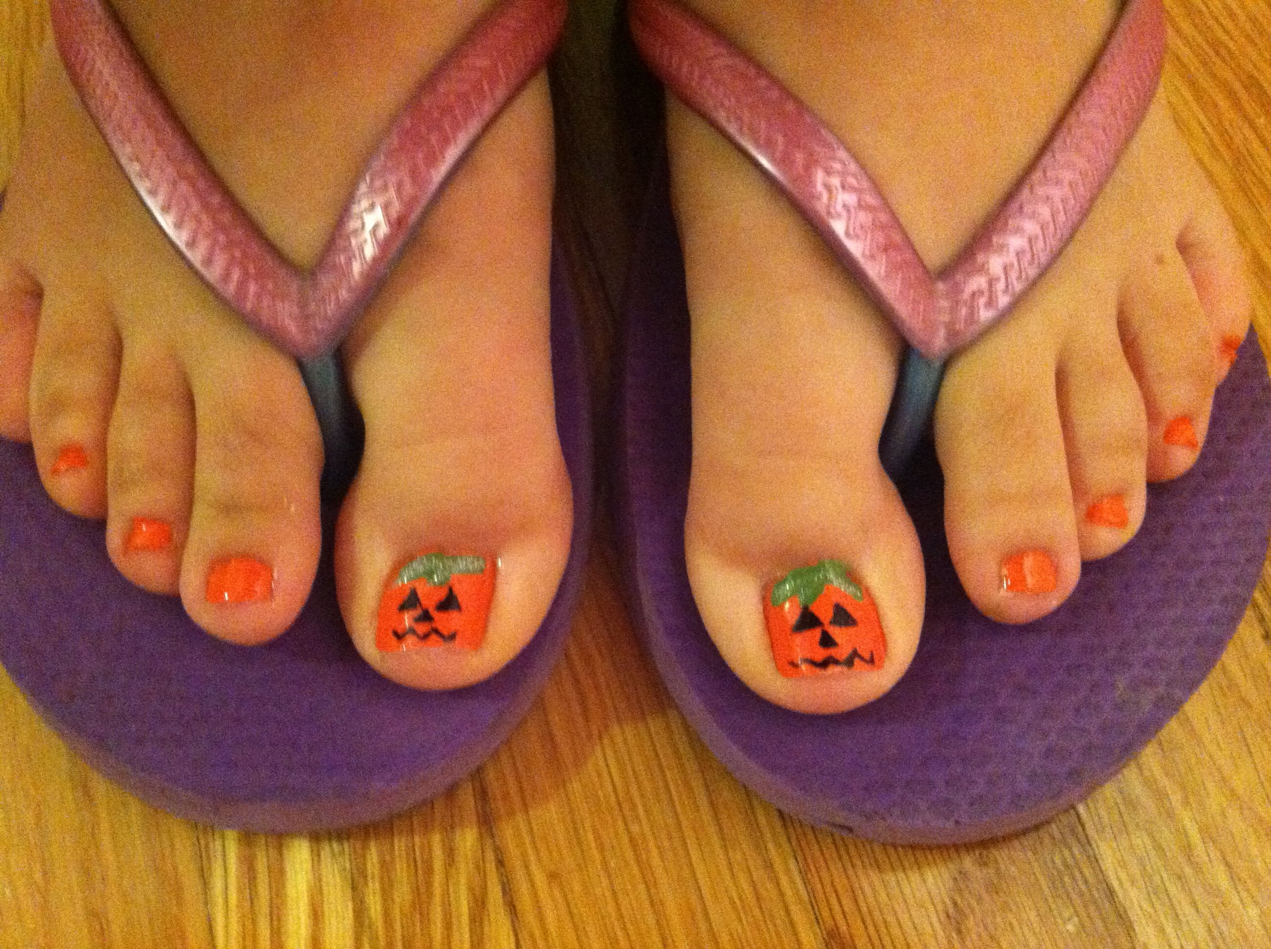 Halloween Toe Nail Art | Halloween Toe Nail Art | Pinterest ...