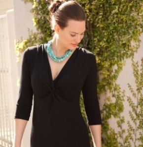 What Jewelry to Wear With Turquoise Dress