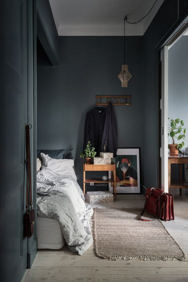 A Small Scandinavian Apartment in Blue & Pink