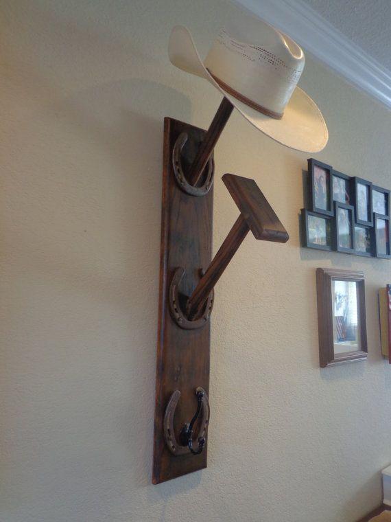 Best DIY Coat   Hat Rack Ideas For Sweet Home -  DiyHomeDecor  HatRack   HomeDecorIdeas fa31598cb22d