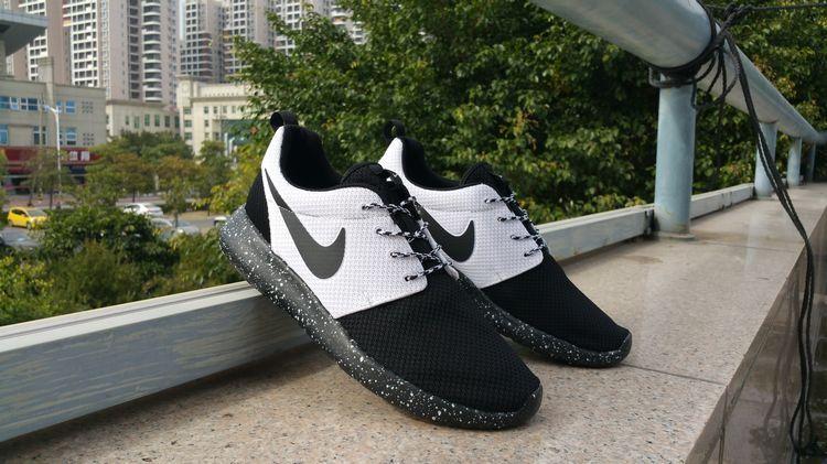 online retailer cb725 f7af2 Black White Black Nike Roshe Run Id 2015 511881 108 running 2015 shoes