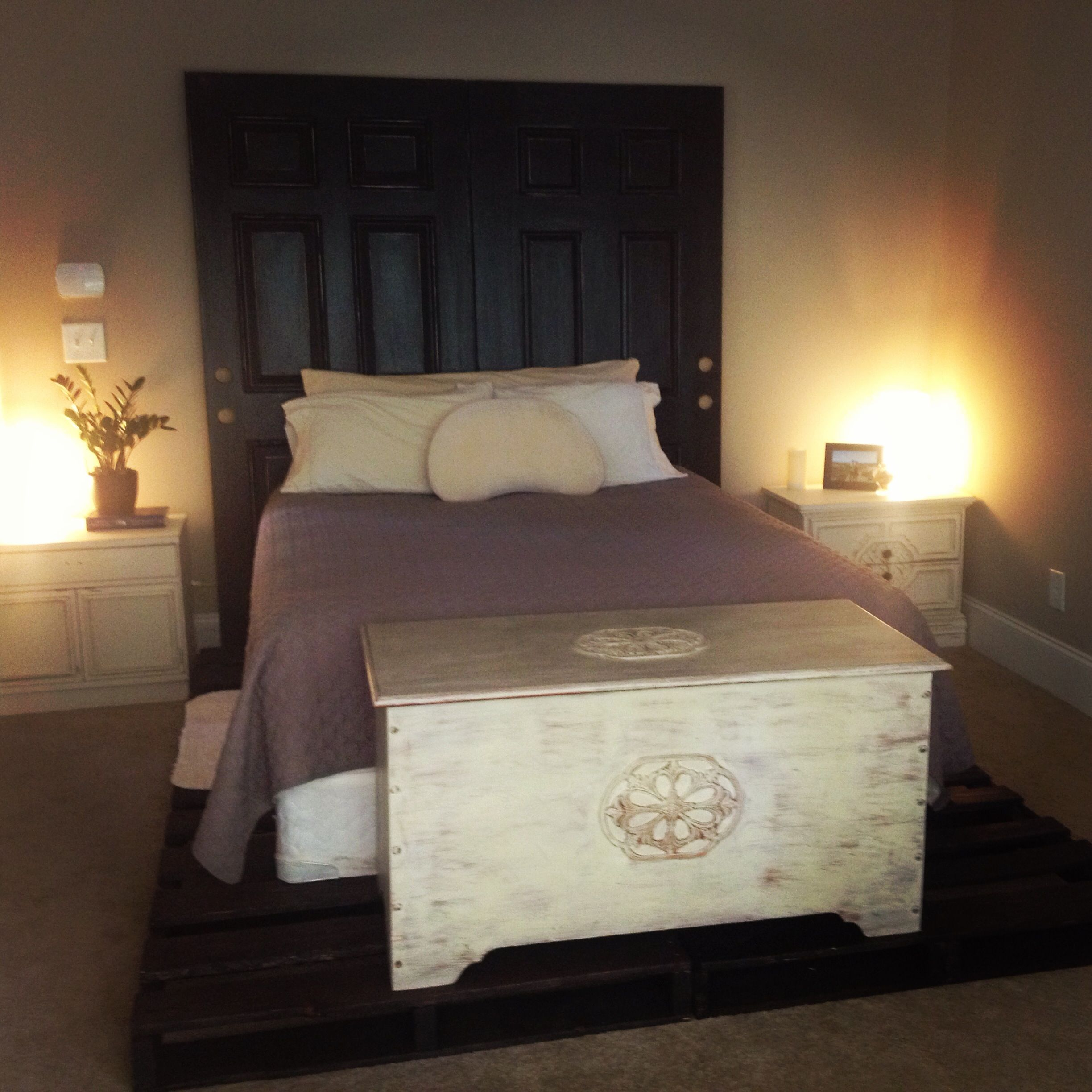 Pinterest Projects Pallet Bed Frame Pallets Sanded Down And Stained Kona Brown And Old Doors Headboard Doors S Pallet Bed Frames Bed Frame Pallet Bed Frame