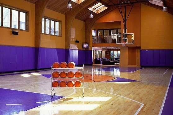 Big House With Basketball Court