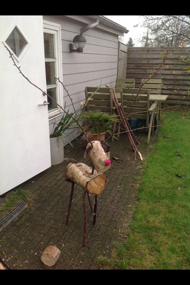 Rudolf af træ og grene