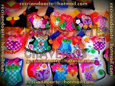 Chaveiros de feltro lindos coloridos e cheios de boa sorte!!