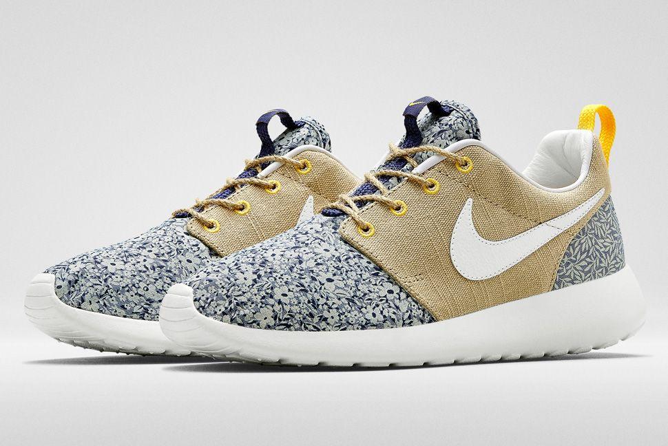 new product be517 d5078 Liberty x x Nike Sportswear Sportswear Roshe Roshe Run   882032a -  ranepa.online