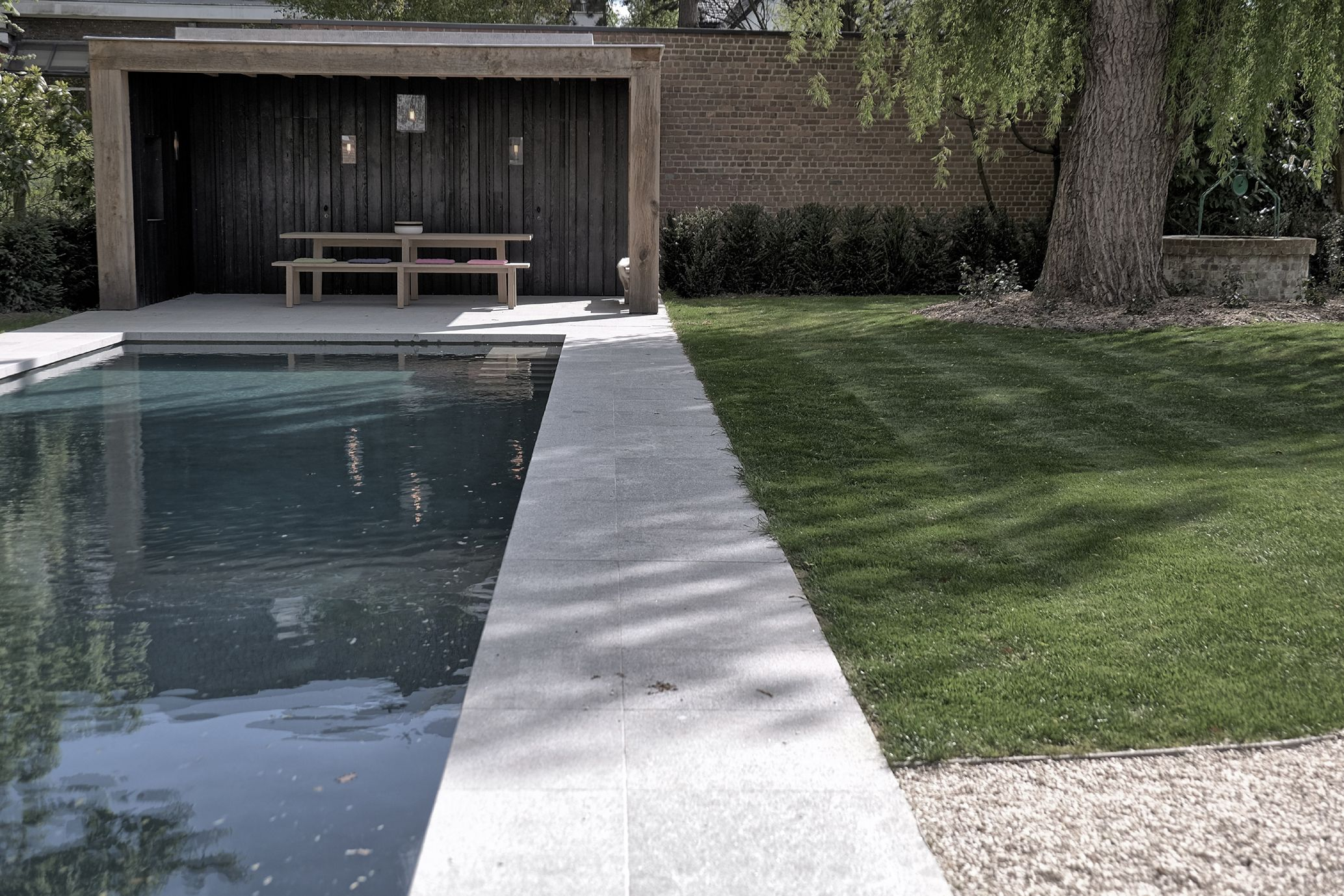Poolhouse and table designed by vincent holvoet gardens pinterest