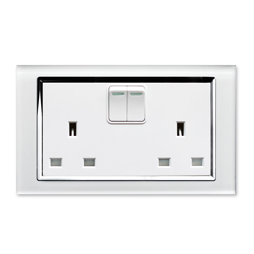 Voted in top 10 Best Plug Sockets by Homebuilding and renovating ...