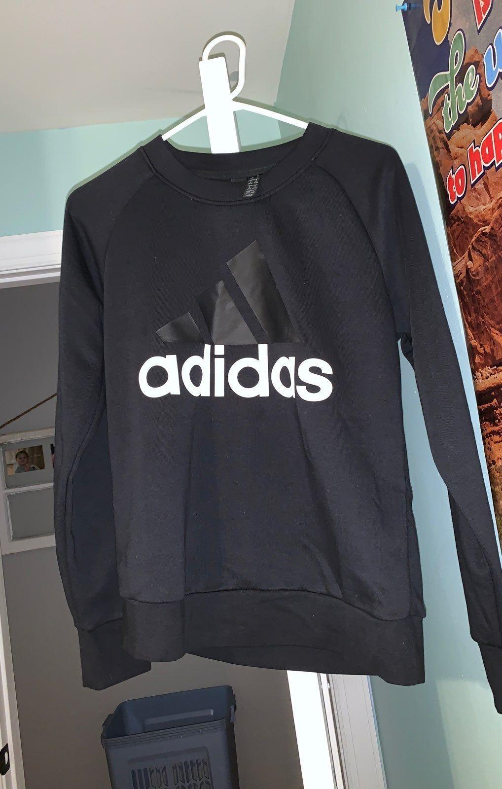 Hardly Any Wear Black Women S Medium Adidas Sweatshirt Wearing Black Sweatshirts [ 1600 x 1018 Pixel ]